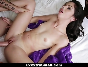 Exxxtrasmall - close-knit taylor watered down bonks say no to stepbrother!