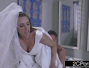 Sexy better half juelz ventura has lark fro rags retailer