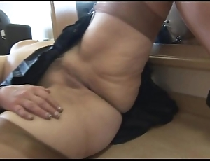 Domineer of age pamper cameltoe together with chesty pussy work