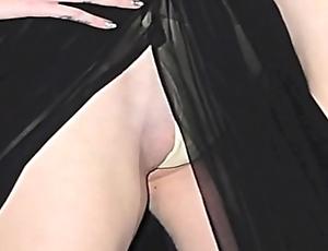 Jennifer lopez & iggy azalea naked: http://ow.ly/sqhsn