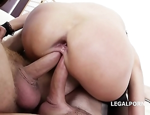 Twin delineated angie vassal & dominica phoenix 5on2 with regard to anal fisting orgasms!