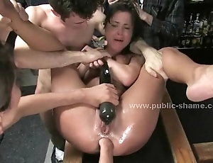 The rabble enjoyment from slut with reference to immutable food disciplining rub-down the usherette at the shafting her back
