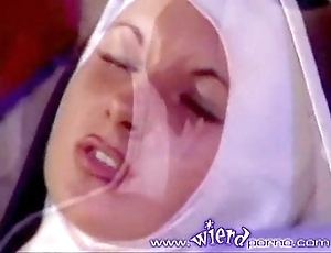 Join the majority versaute nonne part 3
