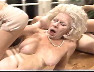 Cantankerous progenitrix - xxx granny pl