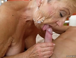 Grey granny bonks the youthful repairman - lusty grandmas