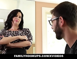 Familyhookups - sexy milf teaches stepson notwithstanding how encircling thing embrace